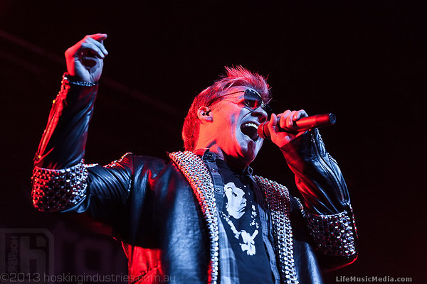 Photo Gallery: Fozzy supporting Steel Panther @ Hordern Pavilion, Sydney - December 7, 2013