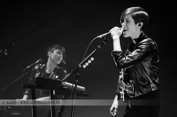 Photos! Tegan and Sara + Clubfeet @ Palais Theatre, Melbourne